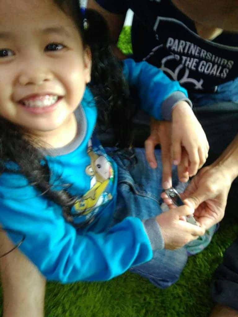 Anak Susah Potong Kuku, Macam Mana Nak Bagi Dia Sukarela Gembira Dipotongkan Kukunya
